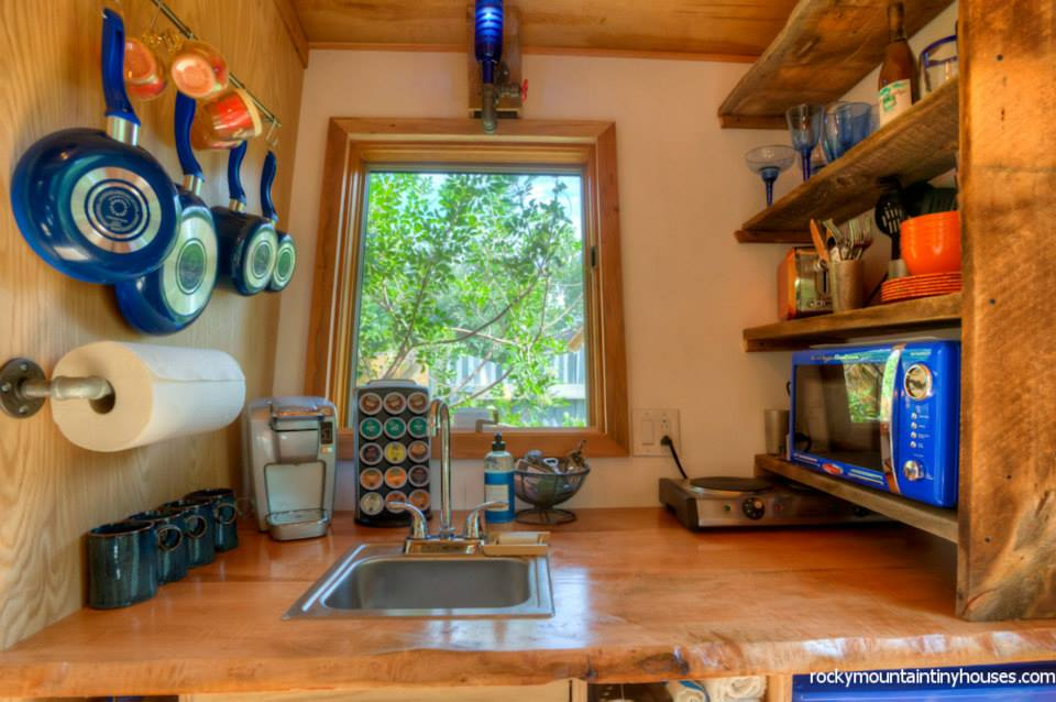 rocky mountain tiny house 11 - New rustic dwelling from Rocky Mountain Tiny Houses