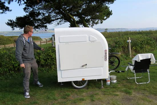 widepathcamper bicycle trailer camper 10 - This foldable bicycle camper lets you live comfortably on the road