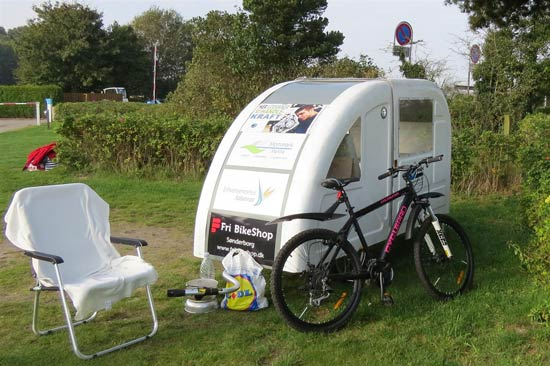 widepathcamper bicycle trailer camper 2 - This foldable bicycle camper lets you live comfortably on the road