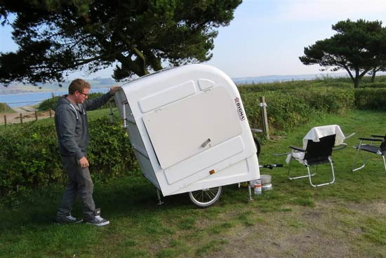 widepathcamper bicycle trailer camper 9 - This foldable bicycle camper lets you live comfortably on the road