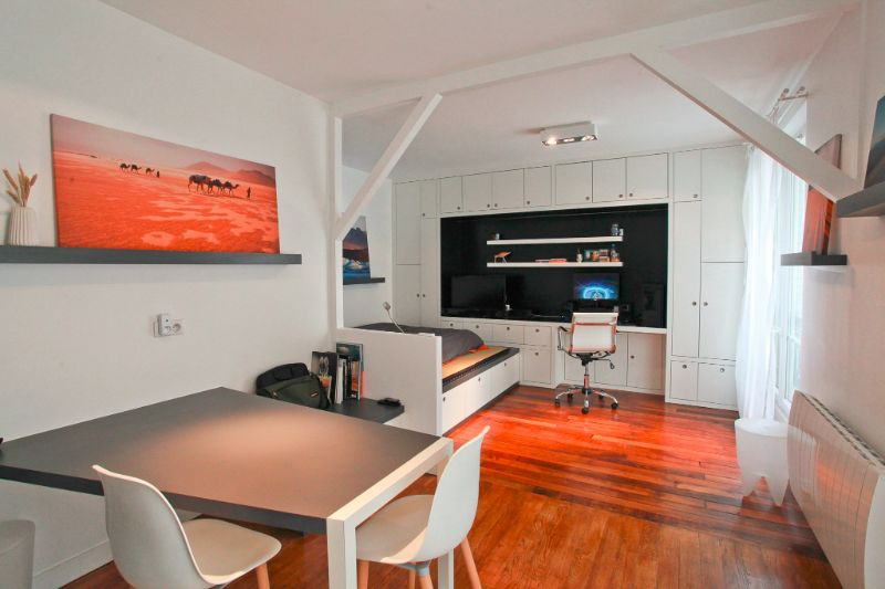 https://ik.imagekit.io/ryjkjxnzq/wp-content/uploads/2016/03/cyril-rheims-apartment-1.jpg