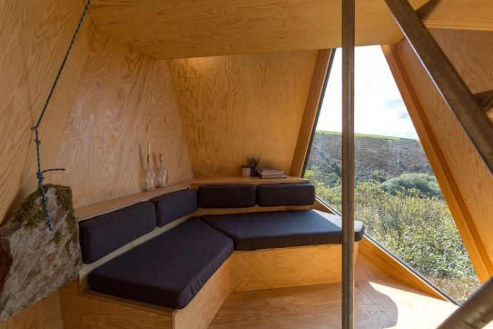 Kudhva Wilderness Cabins 2 - Secluded wilderness cabins offer a fantastic view of the Cornish landscape