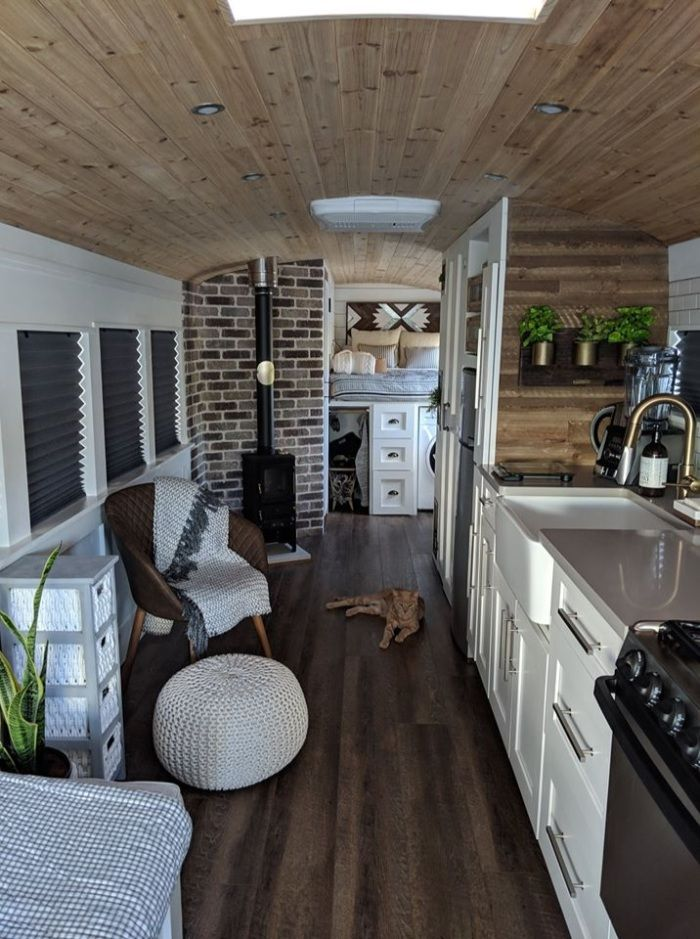 going boundless 16 - Couple turned an old school bus into a cozy home on wheels