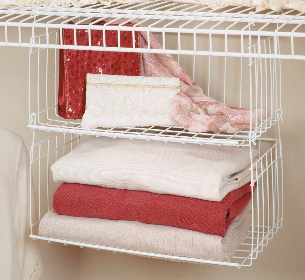 ClosetMaid 6222 Hanging Basket for Wire Shelving - 20 brilliant ideas for organizing your closet