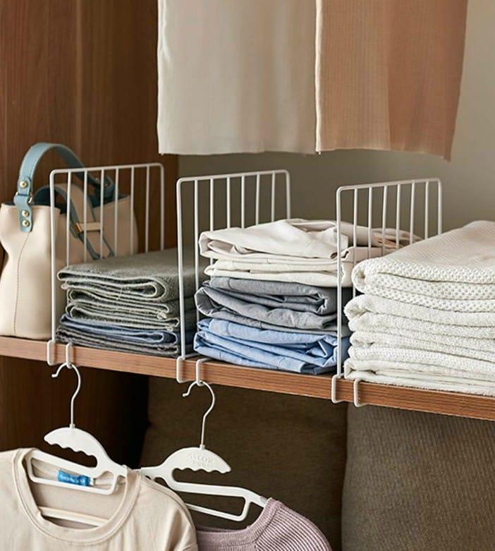 bella shelf divider - 20 brilliant ideas for organizing your closet
