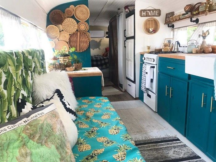 bus 4 1 - Couple purchased $2,000 bus and turned it into their dream home