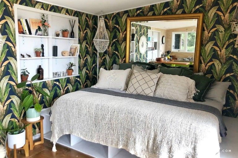 Chic Tiny House Ideal for a Romantic Getaway in Raglan North Island 2 - Try out tiny house living in these 18 beautiful holiday homes