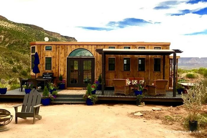 Luxury Tiny House with a Private Hot Tub near La Verkin Creek in Southern Utah 1 - Try out tiny house living in these 18 beautiful holiday homes