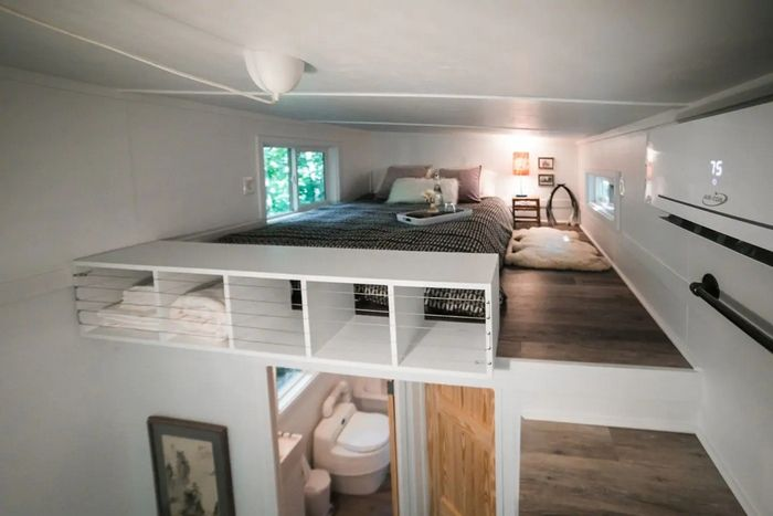 Tiny House on Little Road 4 - Try out tiny house living in these 18 beautiful holiday homes