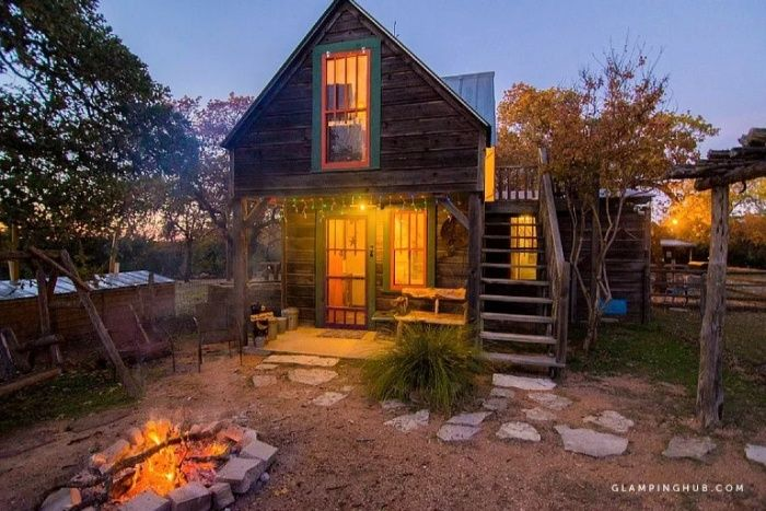Quirky and Romantic Cabin Rental with Luxury Jacuzzi in Fredericksburg Texas - 12 cozy cabins to consider for your next vacation