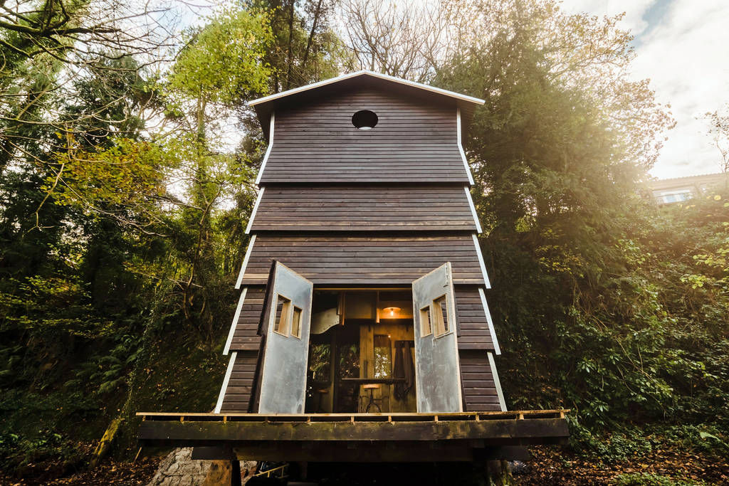 cabin beehive 1 - 12 cozy cabins to consider for your next vacation