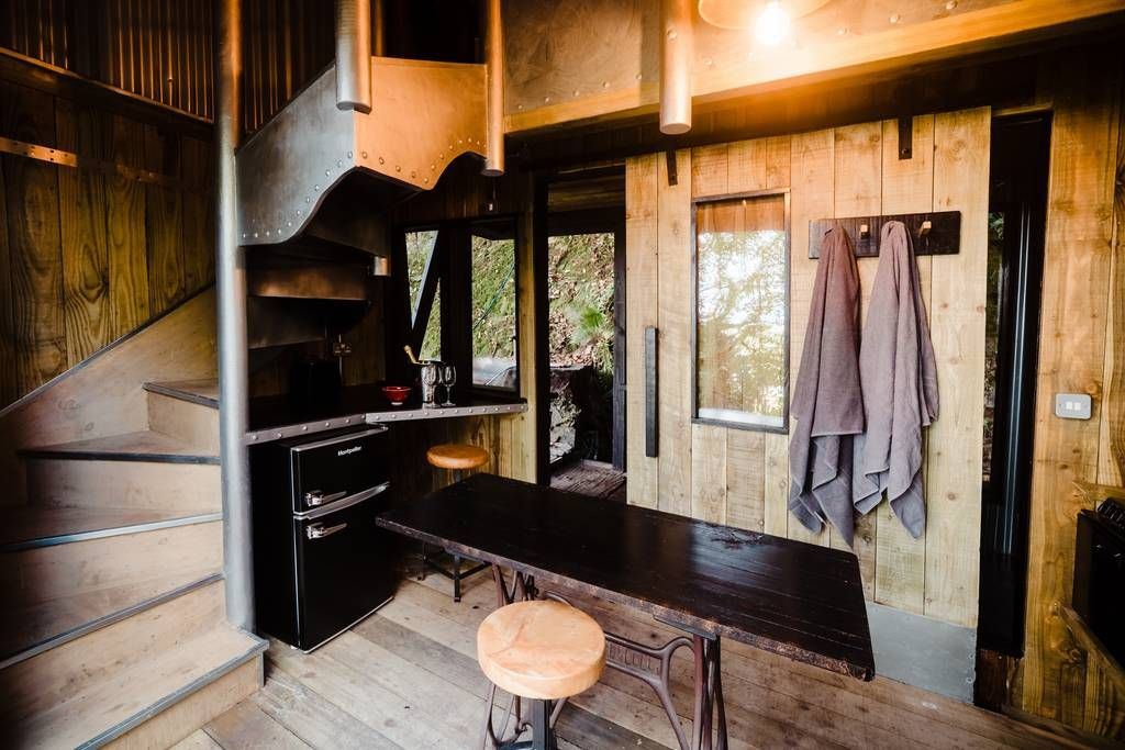 cabin beehive 3 - 12 cozy cabins to consider for your next vacation