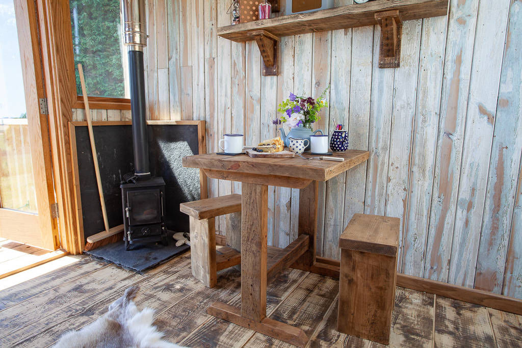 cheviot cabin 3 - 12 cozy cabins to consider for your next vacation