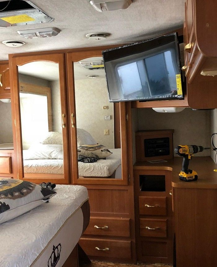 good on wheels 2 - Young couple turned drab motorhome into white haven (and cut their living expenses in half)