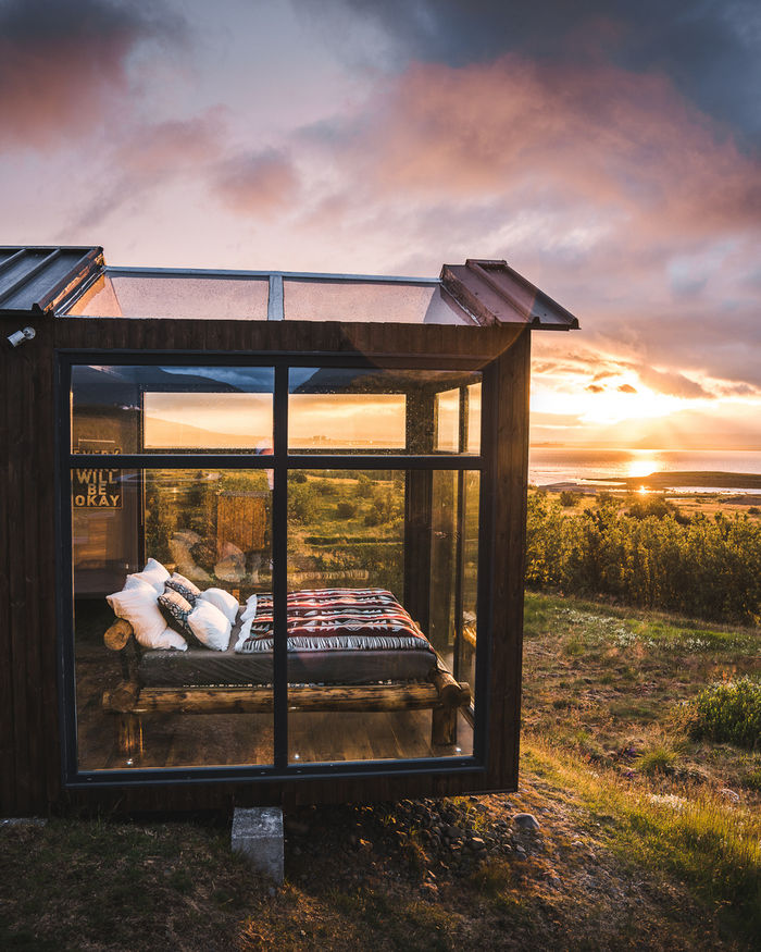panorama glass lodge cabin 9 - A glass ceiling lets you sleep under the Northern lights in this Icelandic tiny house