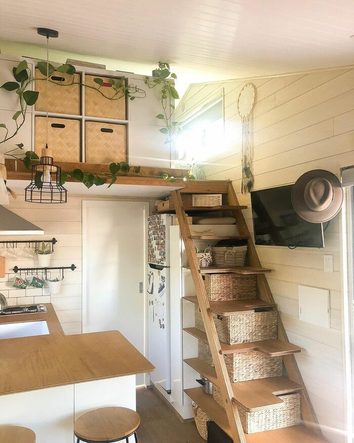 girl tiny house 13 - 150-square-foot tiny house built for travelling Australia