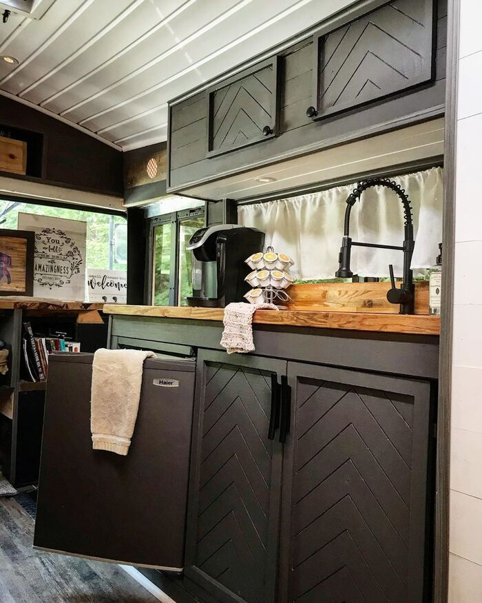 roamer bus conversion 11 - Caleb and friends converted old school bus into a lovely mobile home on $10K budget