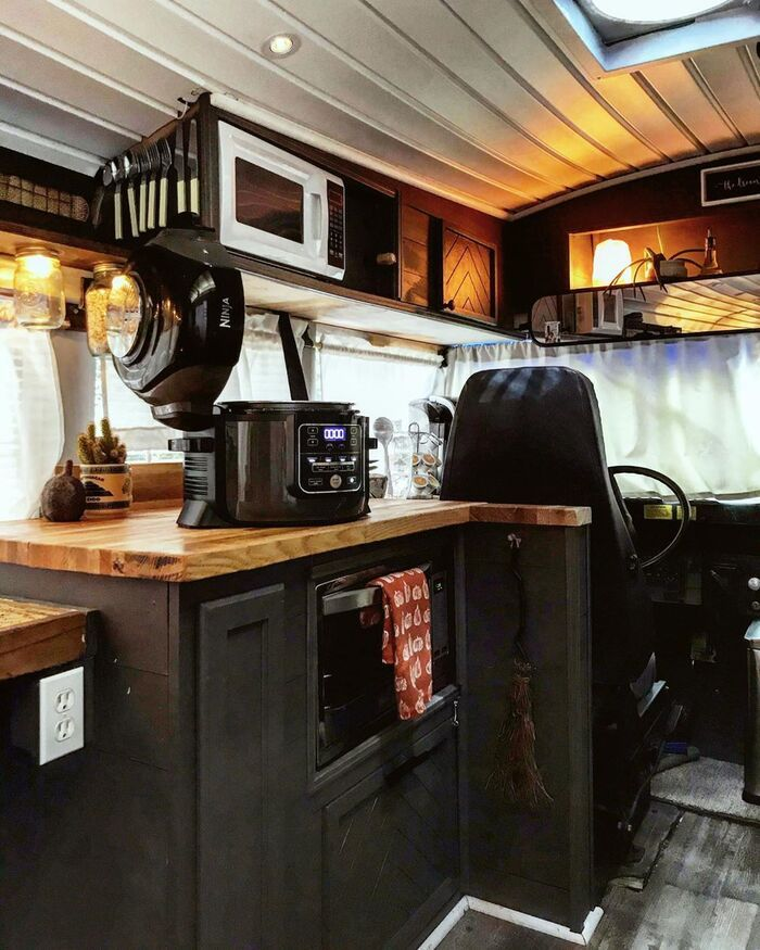 roamer bus conversion 18 - Caleb and friends converted old school bus into a lovely mobile home on $10K budget