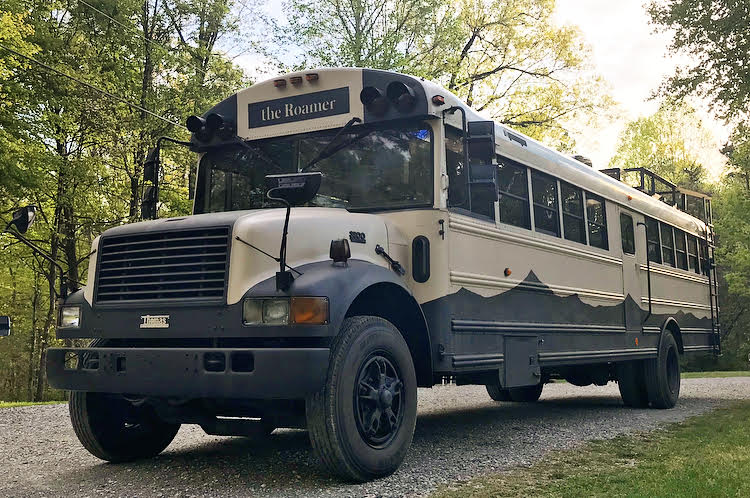 the roamer bus - Caleb and friends converted old school bus into a lovely mobile home on $10K budget