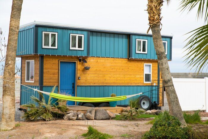 tiny house blue baloo 3 - Airbnb tiny house host made $23K in under a year. Learn how she did it