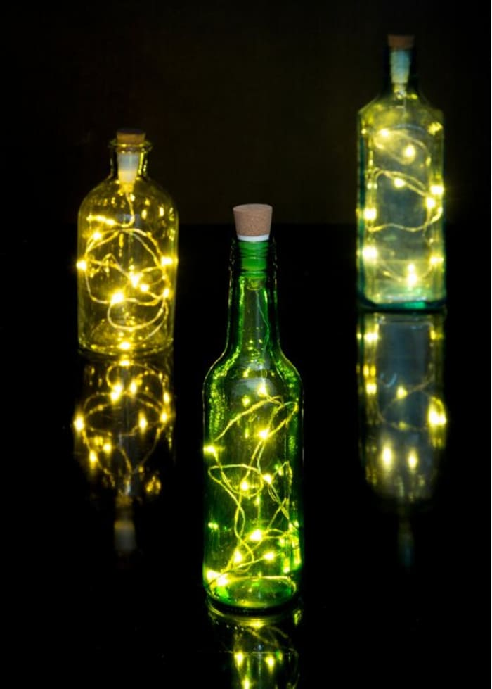 lights in bottle - 20 striking ideas for decorating your home with lights