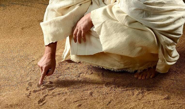 தீட்டைத் தீட்டல்லவென்று தீர்ப்பெழுதியவர் இயேசுவே !