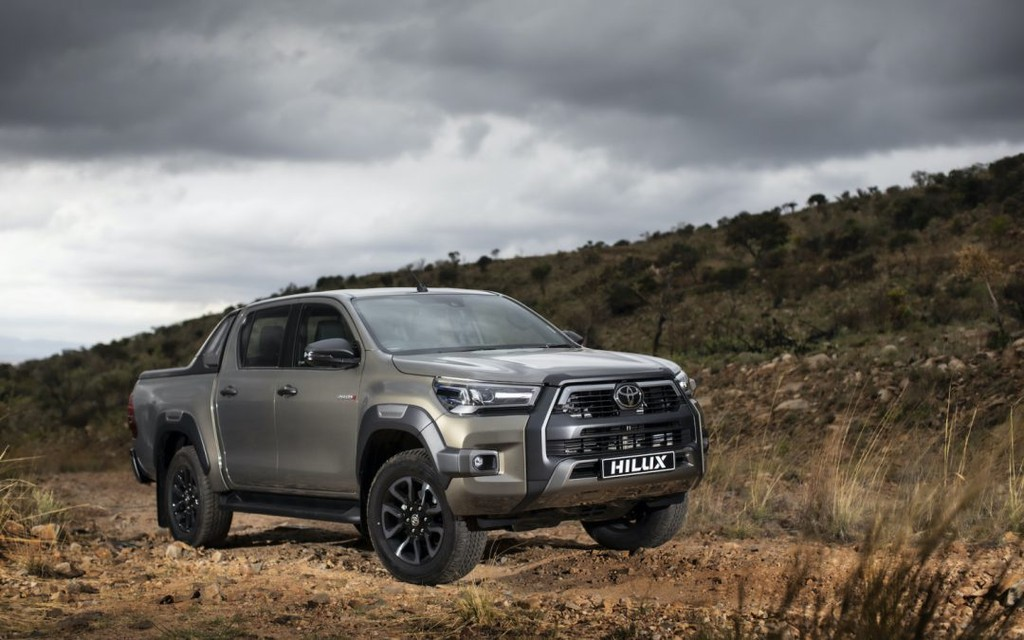 """We discover what the """"RS"""" in Toyota's Hilux Legend RS really means"""