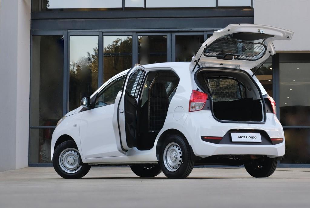 Hyundai unleashes its Cargo range dedicated to transport duty.