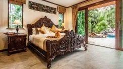 VS2 VS2-22.King-size-master-bedroom-with-beautiful-hand-carved-teak-furniture.jpg