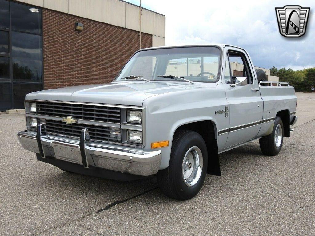 1983 Chevrolet C 10 Custom Deluxe