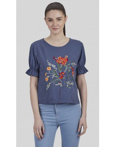 SbuyS - Floral Embroidered T-Shirt