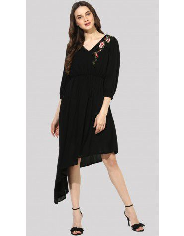 SbuyS - Asymmetrical Embroidered Dress