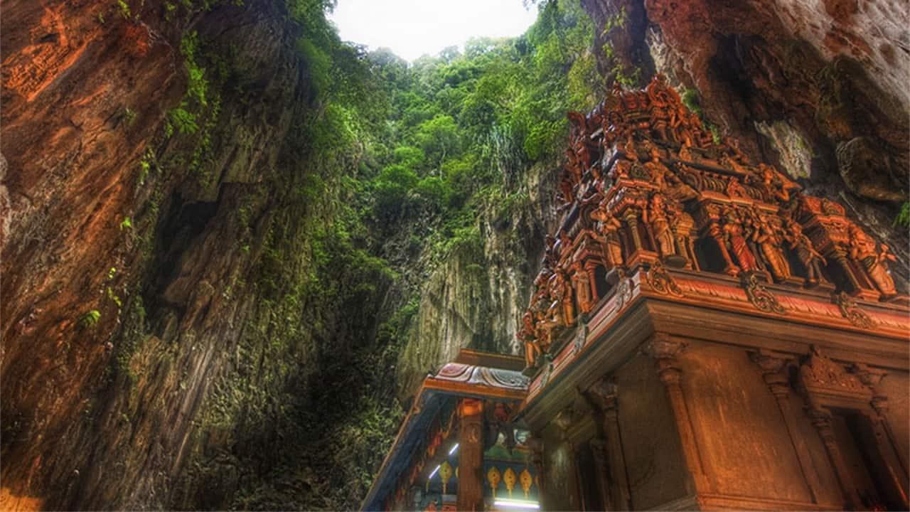 Keunikkan Serta Keistimewaan Batu Caves & Eco Ardence Setia Alam 1