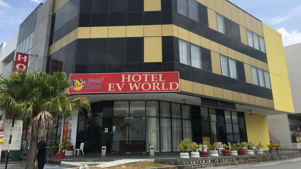 EV World Hotel Kota Warisan