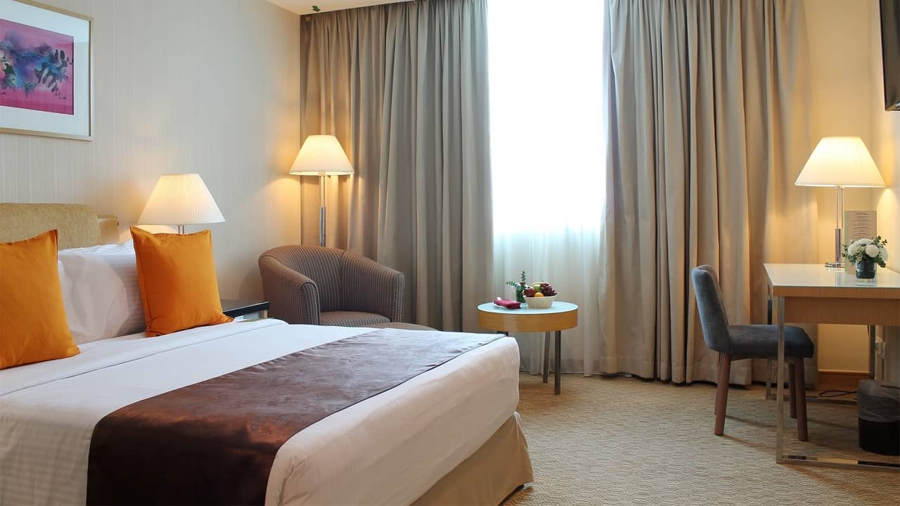 Royale Chulan The Curve Hotel
