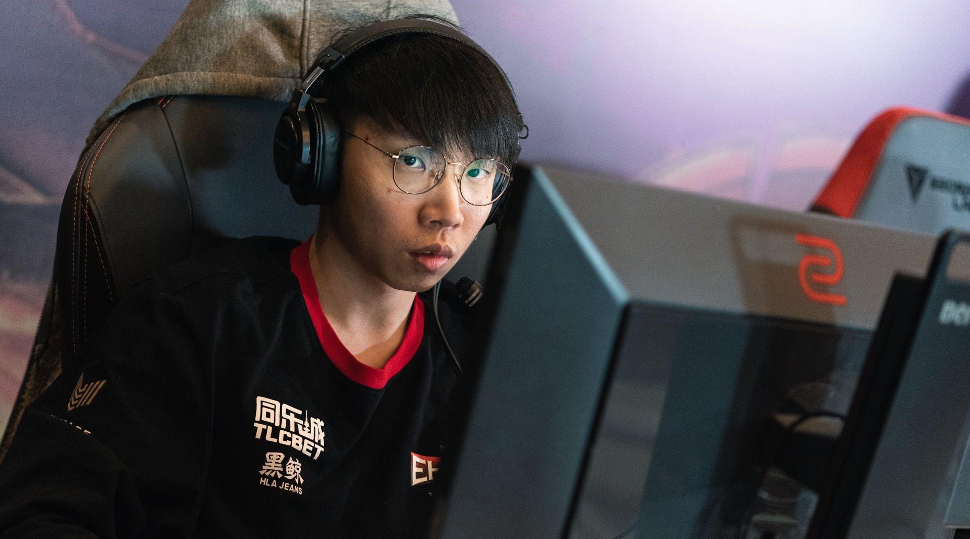 """Cheng """"VtFaded"""" Jia Hao berkemungkinan besar bakal 'diharamkan' oleh Valve gara-gara melanggar peraturan perpindahan pemain ketika saingan kelayakan terbuka DPC Asia Tenggara berlangsung."""