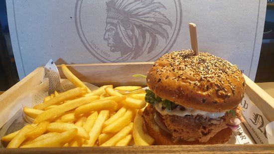 Fer à Cheval - Servido Menu (Takeaway, Delivery) - Pulled pork burger