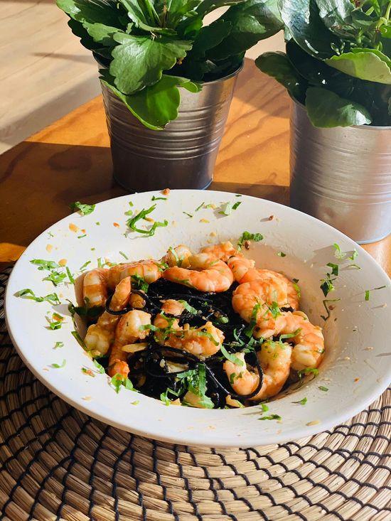 Merkado Restaurante - Na Lagoa de Óbidos - Servido Menu (Takeaway, Delivery) - Linguini Negro à Algarvia