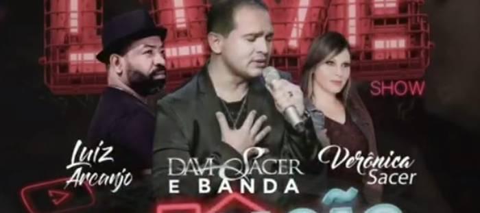 Live Show marca a estreia do novo canal de YouTube de Davi Sacer com sua esposa Verônica e participação histórica de Luiz Arcanjo