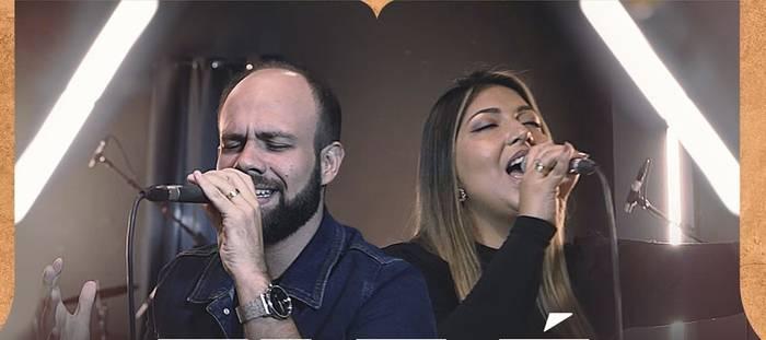 """""""Ele é o Rei"""" é a nova música de Filipe Souza"""