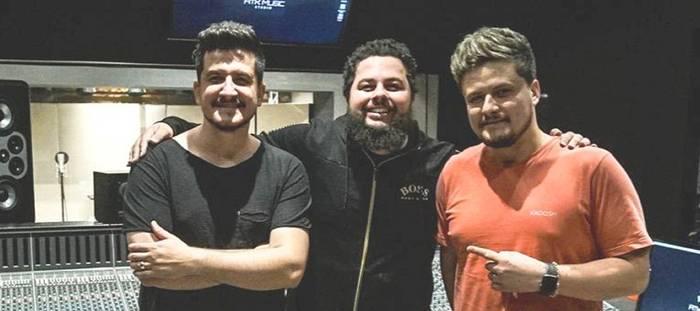Produtor musical Neto Schaefer estreia no segmento gospel com a dupla André e Felipe