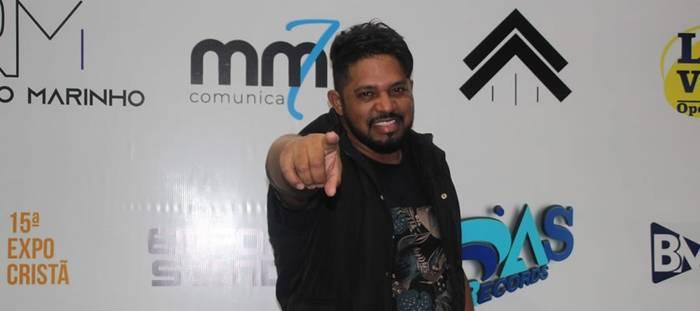 Wellington Caetano se prepara para lançamento do novo single,  com participação da Discopraise – Meu Maior Desejo