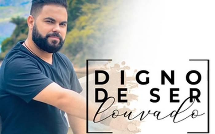 """Matheus Gripp apresenta o single autoral """"Digno de Ser Louvado"""""""