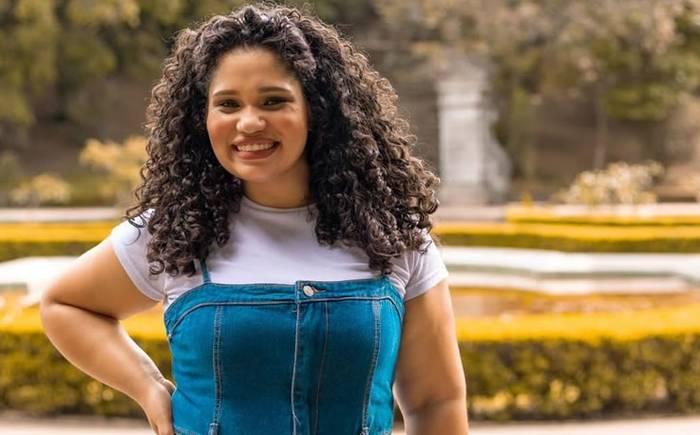 """Após ter fé provada, Rafaela Moreira vive novo tempo em seu ministério: """"Não canto mais como antes"""""""