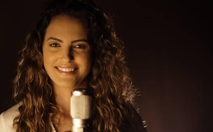 De Bauru / SP, Natalia Martins assina com a Nova Fase e anuncia novidades para o streaming