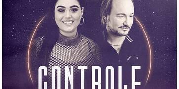 """No estilo pop eletrônico, Hadassah Perez lança """"Controle"""" collab com David Quinlan"""