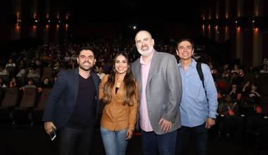 """Alex Kendrick e Gabriela Rocha participam da pré-estreia do filme """"Mais Que Vencedores"""" no Rio de Janeiro"""