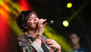 Confira a live session de Gézi Monteiro - Oh Quão Lindo Nome É