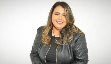 """Durante o Outubro Rosa, Lucianne Cruz lança single """"Não Vai Ficar Assim"""""""