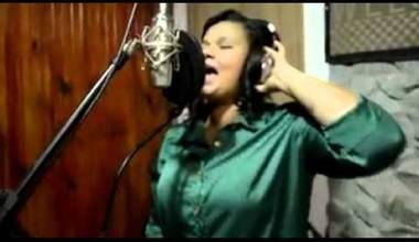 Lidiane D'Paula lança clipe do seu novo single - Louve